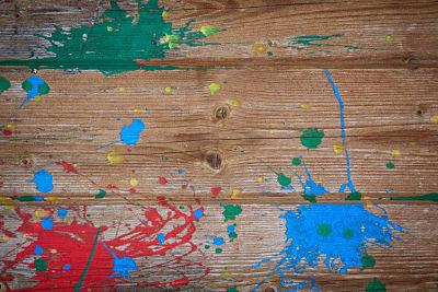 Como limpiar restos de pintura en el suelo