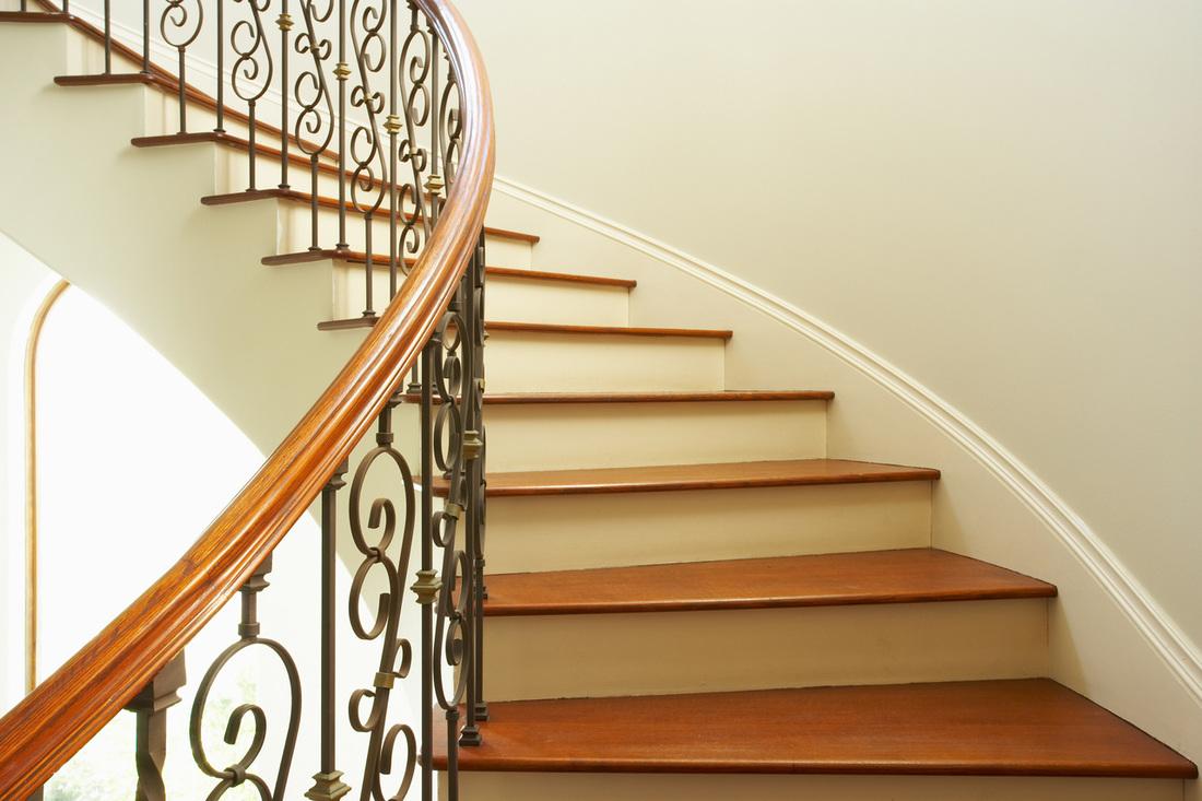 Cómo pintar las escaleras de mi casa