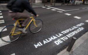 Las preciosas frases de los pasos de cebra de Madrid